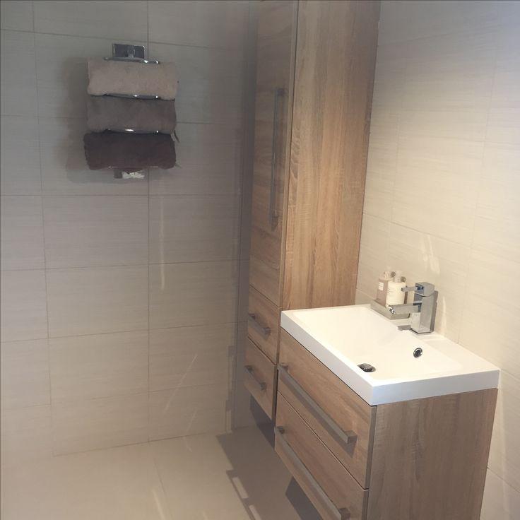 Best 25 bathroom storage units ideas on pinterest crate for Bobs furniture bathroom vanity