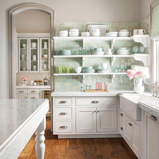 Kitchen Teal Cabis On Beach Cottage Kitchens Subway Style: 25+ Best Ideas About Corner Shelves Kitchen On Pinterest