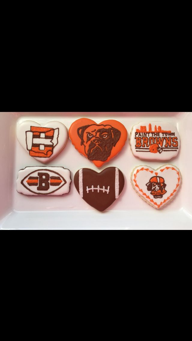 Cleveland Browns Cookies #browns #brownies #cleveland #clevelandbrowns #dawgpound  Go Check out my FB Page for info, pics, contests & giveaways -- www.facebook.com/busybeecakery  #busybeecakery #cutoutcookies #customcookies #decoratedcookies #cookieart #edibleart #cookier #designercookies #royalicing #homemade #baker #bakerslife