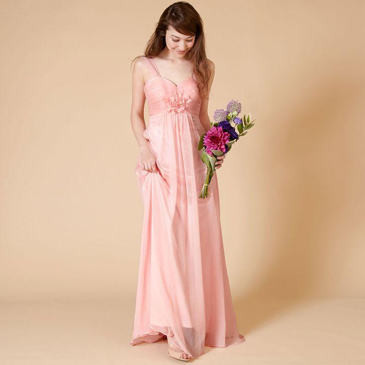 胸元のフラワーモチーフがポイント。透明感のあるシフォン素材のブライズメイドドレス。#Bridesmaid#ブライズメイド#DRESSPEOPLE#ドレスピープル#pink