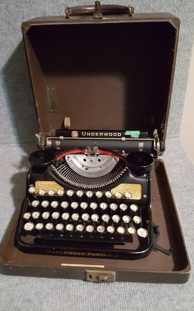 Antique Underwood Portable Typewriter Excellent Condition Rare #Underwood