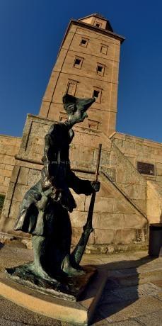 Torre de Hércules ( A Coruña ) Declarado Patrimonio de la Humanidad por la UNESCO. | Tower of Hercules ( A Coruña ) Has been a UNESCO World Heritage Site.