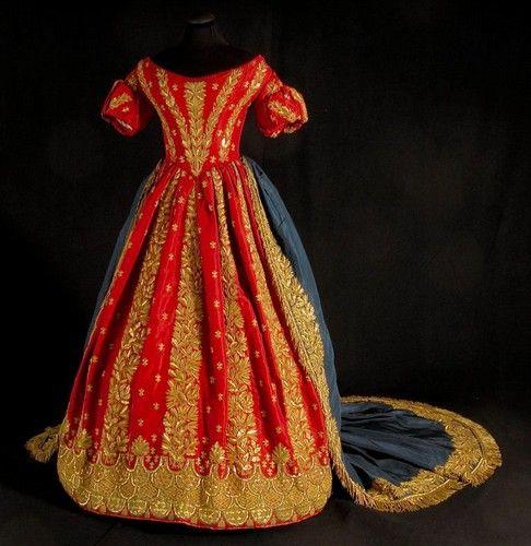 Court dress  Napoli, 1848: Beautifal Dresses, 1848 Italy, Vintage Fashion, Dress 1848, Historical Fashion, Victorian, 1800S Fashion, 1848 Neapolitan, Court Dresses