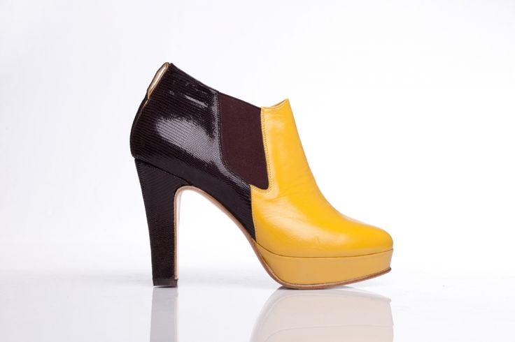 Sztyblety żółto-brązowe; Projektant: Aga Prus; Wartość: 1450 zł Poczucie wygody i komfortu: bezcenne. Powyższy materiał nie stanowi oferty handlowej