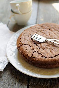 Gateau au chocolat...trop bon! (farine + poudre d'amande)