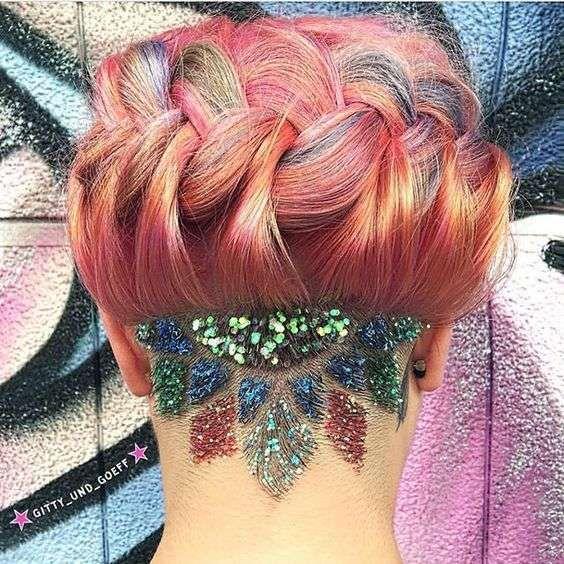 Glitter y adornos en la cabeza rapada: Nueva tendencia viral [FOTOS] - Glitter undercut
