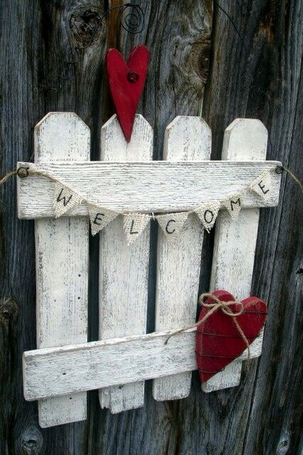 179 best wood valentines images on pinterest valentine for Fence ornaments ideas