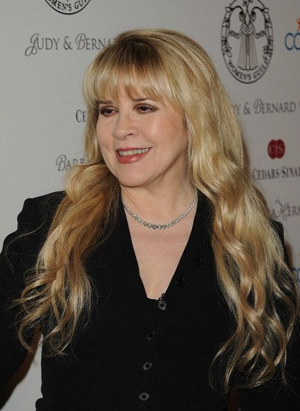Stevie Nicks Photos - Artist Stevie Nicks attends the 55th Annual Women's Guild Cedars-Sinai Gala held on November 13, 2012 in Beverly Hills, California. - 55th Annual Women's Guild Cedars-Sinai Gala - Arrivals