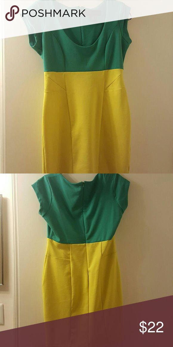 Kardashian Kollection dress Kardashian Kollection green & yellow two-toned dress Never worned! Perfect for Spring or Summer :) Kardashian Kollection Dresses Mini