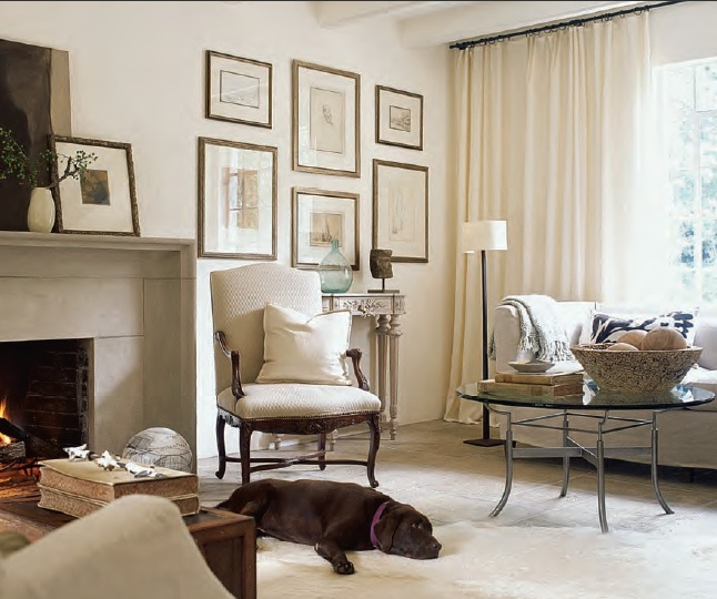 art: Wall Art, Living Rooms, Gold Frames, Galleries Wall, Fireplaces Wall, Families Rooms, Wall Galleries, Art Wall, Wall Ideas