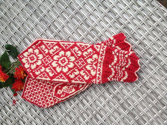Handknitted norwegian mittens