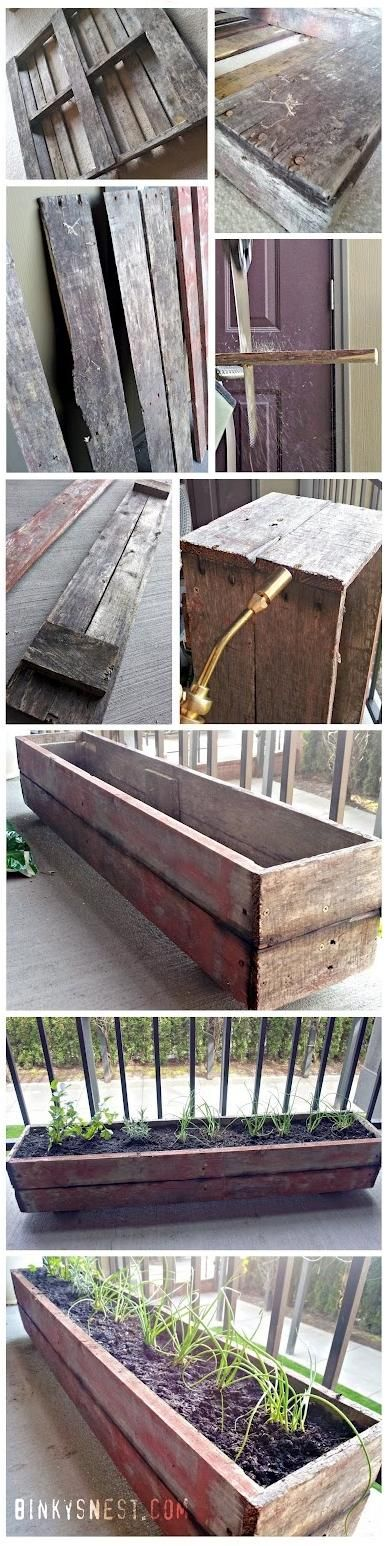 Old wood pallet made into a patio herb garden....I wanna do this
