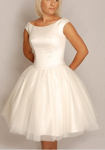 13 best Audrey Hepburn Inspired Wedding Gown images on Pinterest ...