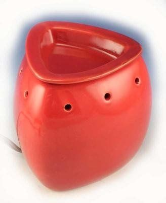 RED Potion or Wax Melt Warmer by La Tee Da by RED Potion or Wax Melt Warmer by La Tee Da. $25.90. RED Potion or Wax Melt Warmer by La Tee Da The La Tee Da Warmers plug into the wall and use a light bulb to warm up either the La Tee Da Potion or Wax Melts (sold separately). The tray on top is removable. Dimensions are about 5 inches tall. FREE COURTNEYS CANDLES MIXER MELT with each WARMER - MAKE YOUR FRAGRANCE SELECTION IN THE PULL DOWN MENU ABOVE.