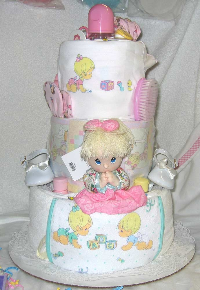 Beautiful Diaper Cakes Boys, Baby Cakes, Towel Cakes, Baby Shower Favors, Precious  Moments, Baby Items, Baby Gifts, Future Baby, Baby Showers