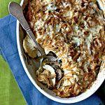 Potato, Turnip, and Spinach Baeckeoffe Recipe | 1.novembre.2014 - c'était comfort food, je l'adore. Subs: crème fraîche, du lait