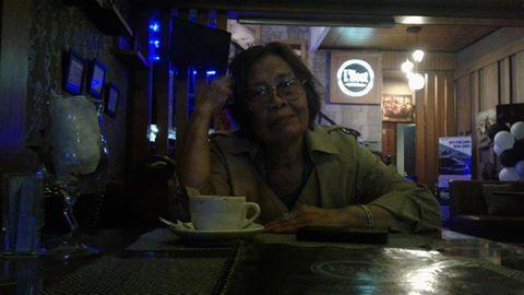 Puisi Ness Kartamihadja : PENYAIR MABUK CINTA PUISI