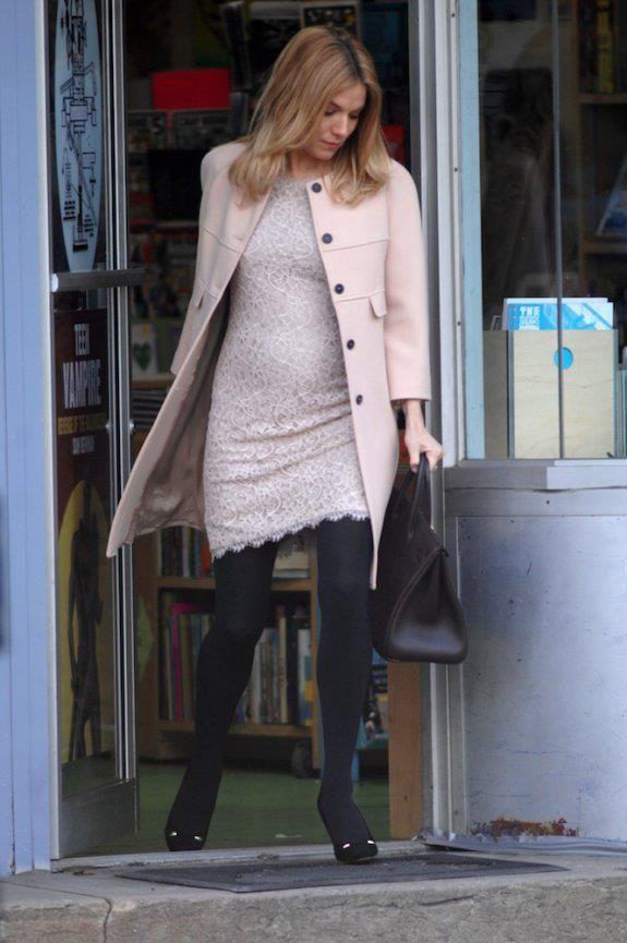 Sienna Miller  http://avidaa4d.blogspot.pt/2013/01/gravidas-cool.html