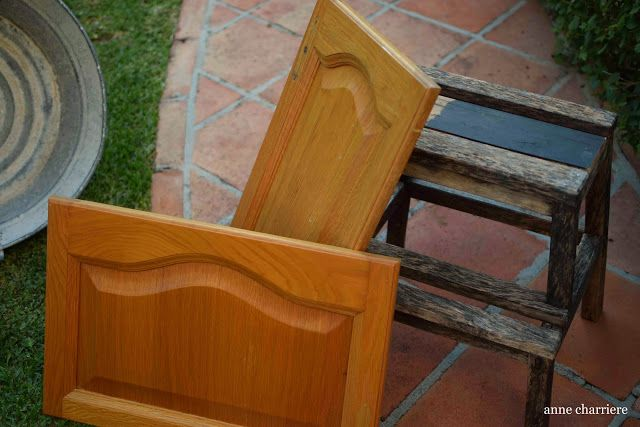 From kitchen cabinet door to customized tray