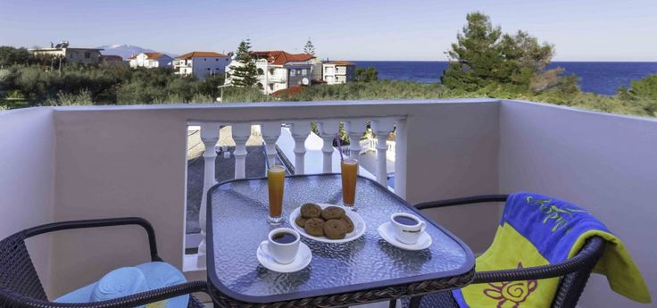 Kozanos II Hotel | Amoudi The perfect choice for relaxing summer holidays in Amoudi, on Zakynthos island just 150m from the beach