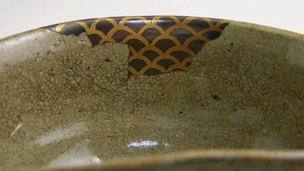 """У японцев  есть кинцуги. Это великое искусство """"склеивания"""" разбитых чашек, их реанимации"""