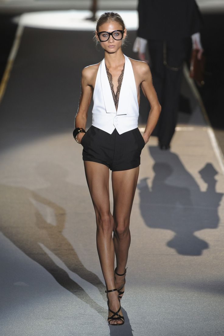 lelaid: Anna Selezneva at DSquared² S/S 2011