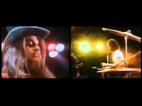 "Joe Cocker - ""She Came In Through The Bathroom Window"" 1970 /w Leon Russell.... Didn't anybody tell her????????.....TURN IT ^^^^^"