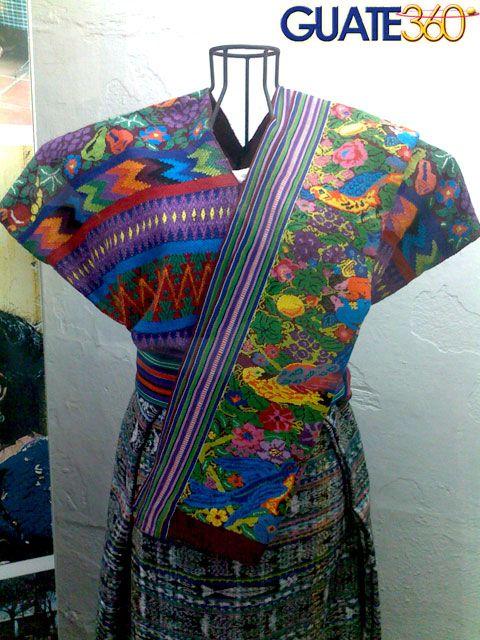 Textiles que forman parte de los trajes tipicos de Guatemala