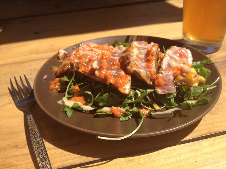 Seared Tuna with rocket and mango salad from Hout Bay Market, Cape Town