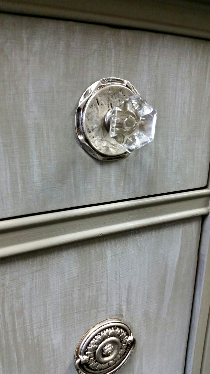 Beautiful French Linen Chalk Paint by Annie Sloan and Silver Gilding Wax.