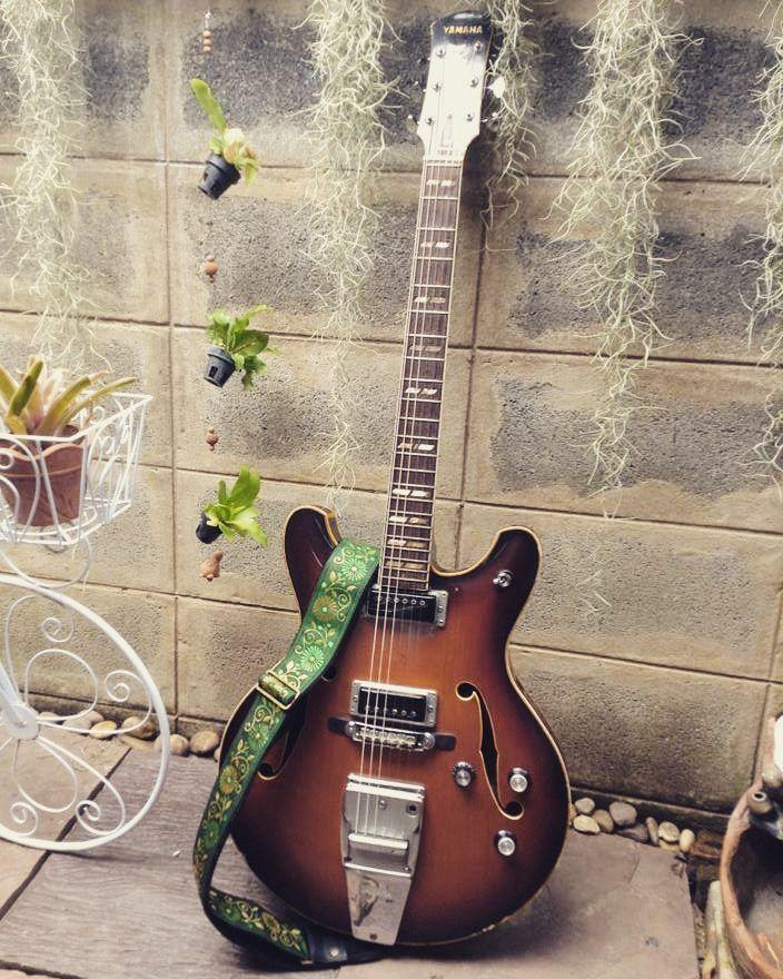 Vintage Yamaha SA-50 Hollow Body Pailin Straps P5810G8 #guitar #guitarstraps #pailinstraps #electricguitar #yamaha #yamahaguitar #hollowbody #vintageguitars