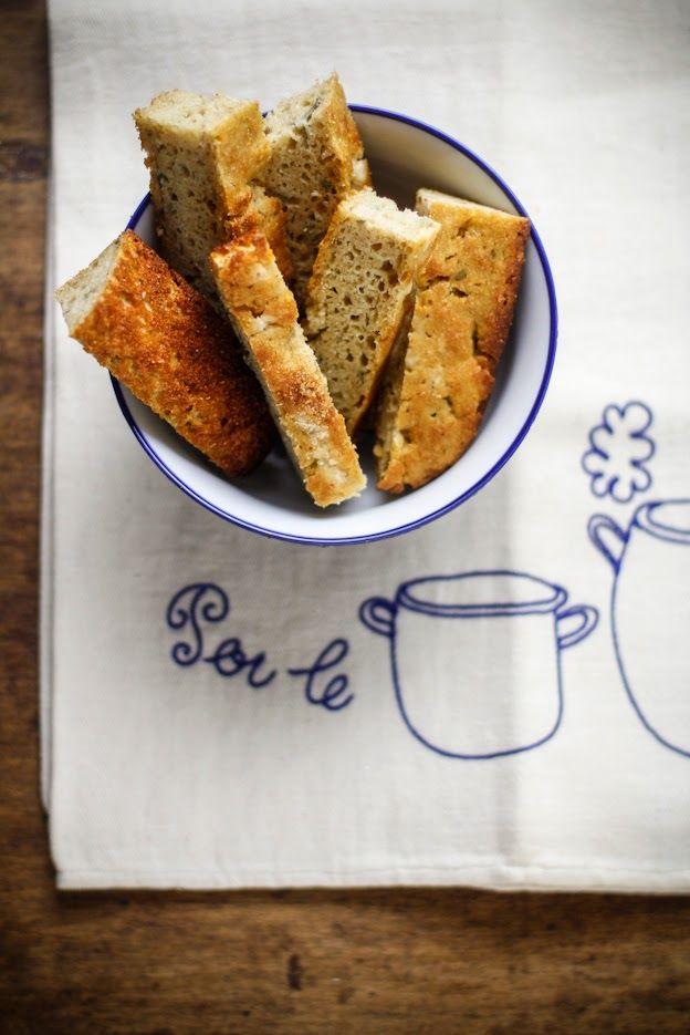 """Focaccia """"senza impasto"""" con farina integrale di grano duro Senatore Cappelli, patate e salvia, by Vanigliacooking"""