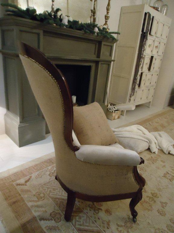 Armchair: exclusive redefined antique