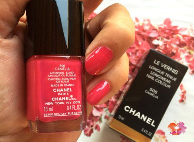 die besten 25 chanel nagellack ideen auf pinterest chanel nagelkunst chanel n gel und. Black Bedroom Furniture Sets. Home Design Ideas