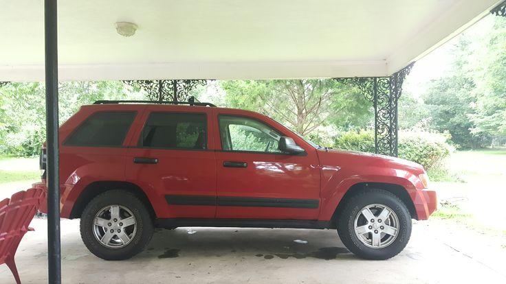 Painted the rims on my '05 Grand Cherokee 3.7 #jeep #jeeplife #Wrangler #jeeps #Cherokee #JeepMafia #offroad #4x4