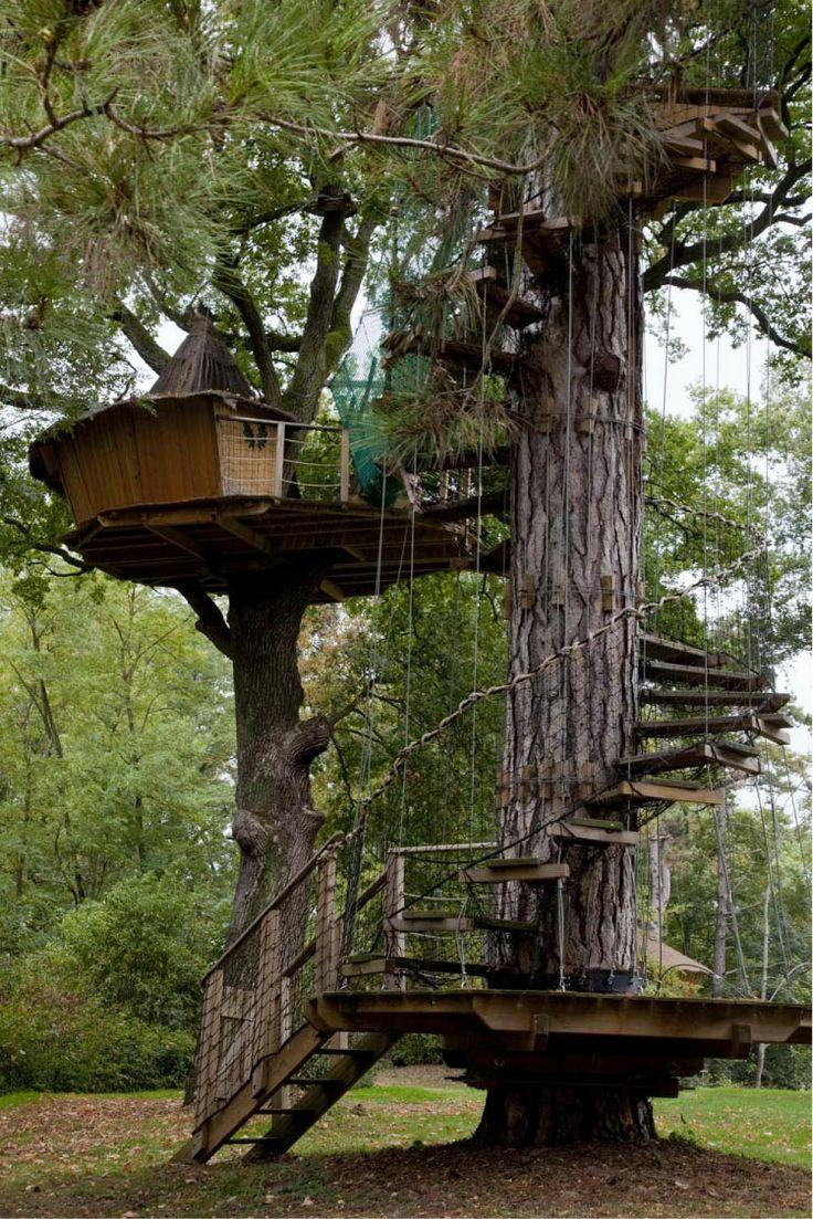 les 25 meilleures id es concernant cabanes dans les arbres. Black Bedroom Furniture Sets. Home Design Ideas