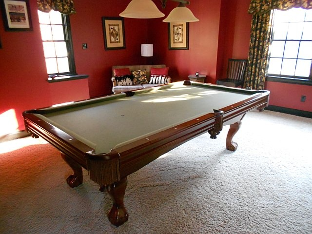 1000 images about j k billiard rec on pinterest window panels velvet pillows and pool tables - Pool table green felt ...