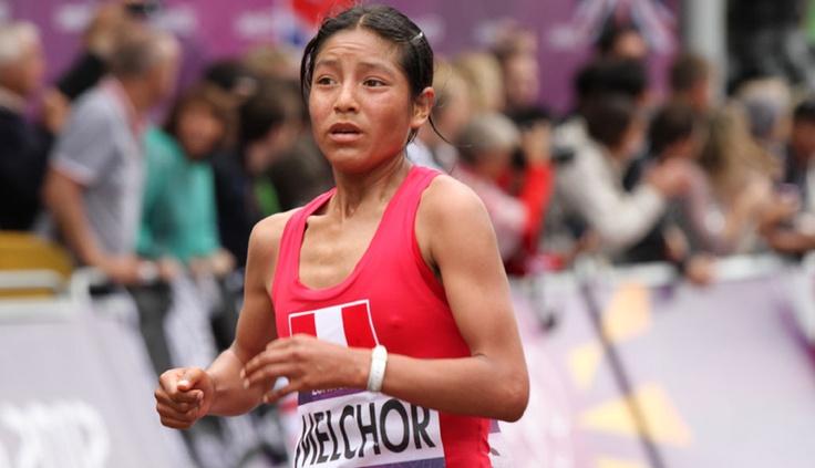 FOTOS: el esfuerzo de Inés Melchor y las atletas peruanas en la maratón de Londres 2012 #PERU