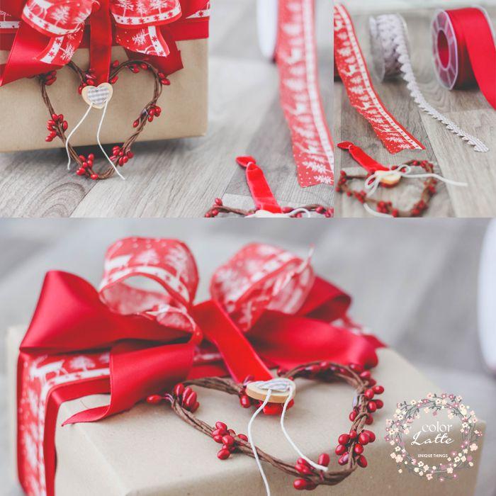 Confezione natalizia. Nastri vendibili singolarmente al metro. Per info contattare Pagina Ufficiale Facebook o tramite email: infocolorlatte@gmail.com