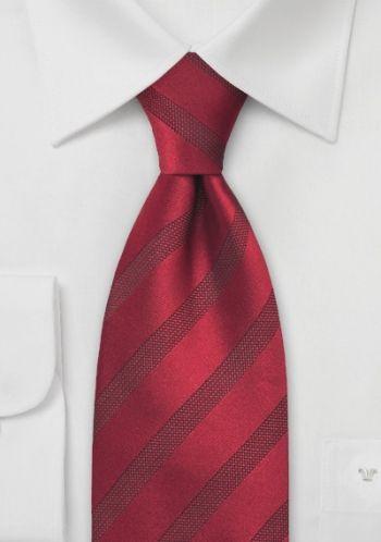 Rote Krawatte schmal gestreift