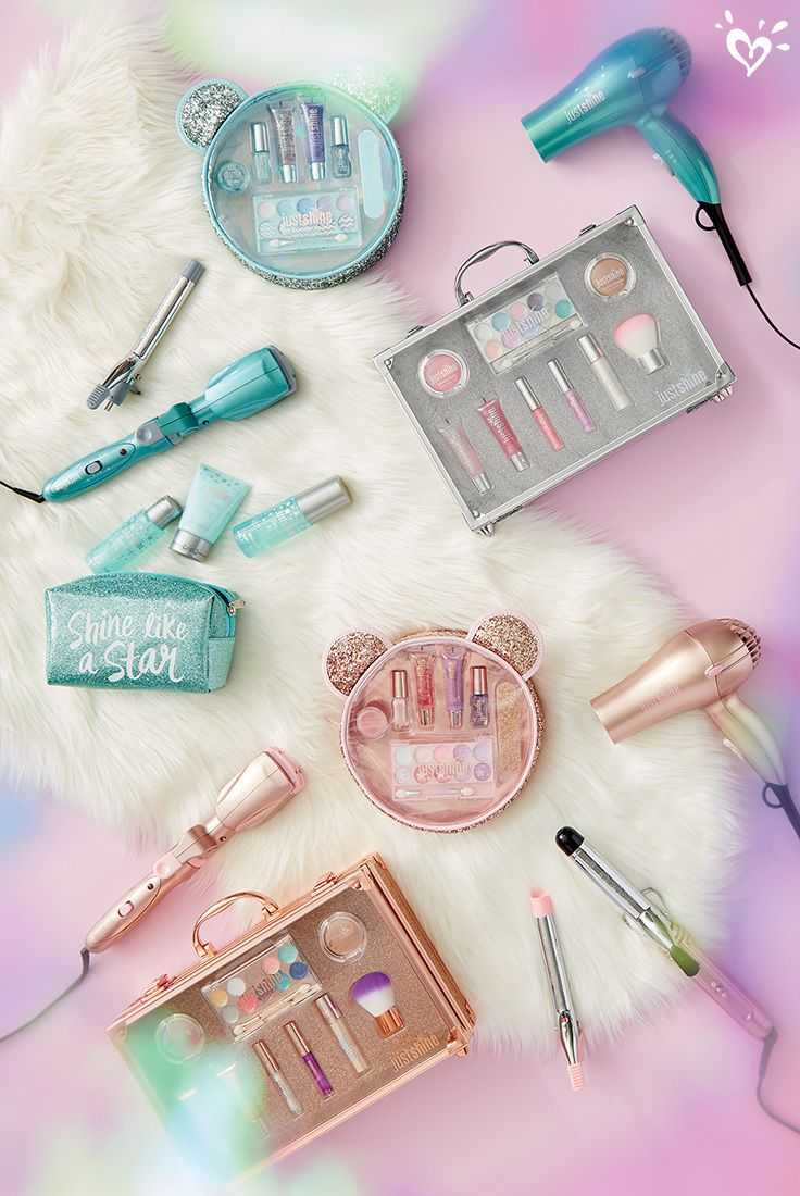 Her kind of beautiful. Signature holiday sets and accessories from our exclusive Just Shine collection are first on her wishlist!