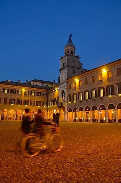 Watching the world go by tonight in enchanting Modena