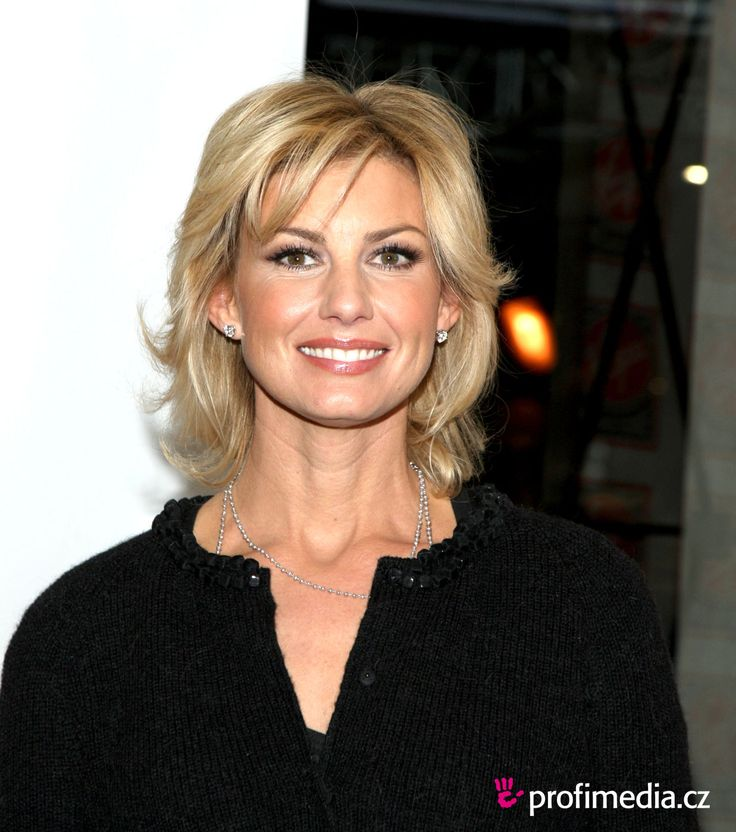 faith hill hair styles 17 best ideas about faith hill hair on faith 9853 | 8d953a2130abf240f085011b8c7b2e35