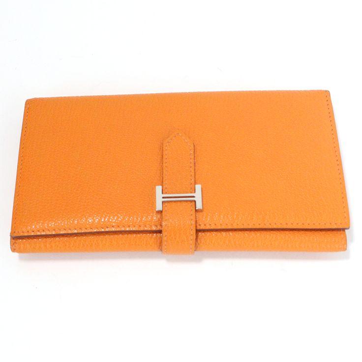 【商品名】エルメス(HERMES) ベアン デュプリ 三つ折り長財布 シェーブル オレンジ【価格】¥128,000【状態】A  多少の傷・汚れが見受けられますが全体的には綺麗な状態の中古商品です。