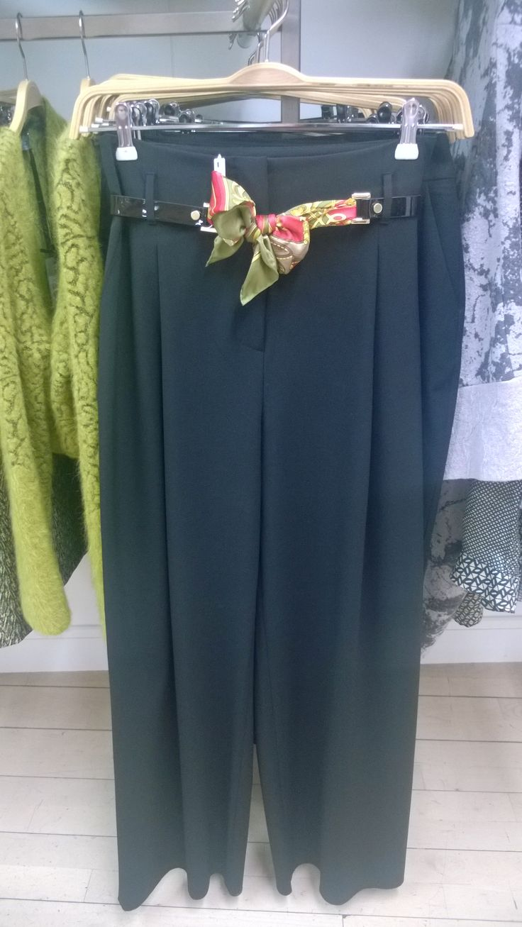 Do you wear the pants? Pleated pants by She's So@Cummins&Stone Boutique Waterford