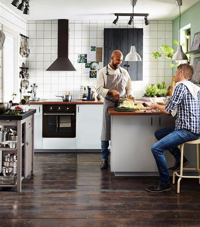 ¿Qué te parece echar un vistazo al nuevo catálogo de cocinas IKEA 2016? te dejo con algunas novedades para el nuevo año que entra ¿Qué te parecen?