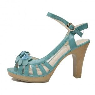 """As Carrie Bradshaw once said """"I will never be the girl who wears white and not spill on it"""",  Then why wear white? Because Selena Teal is the perfect choice to match it with!   Add a touch of unique colour to your already perfect style, and walk miles on Selena's comfortable and sturdy heel."""
