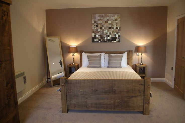NEW SOLID WOOD RUSTIC CHUNKY DOUBLE, KINGSIZE, SUPER-KINGSIZE WOODEN PLANK BED Bespoke Rustic Furniture