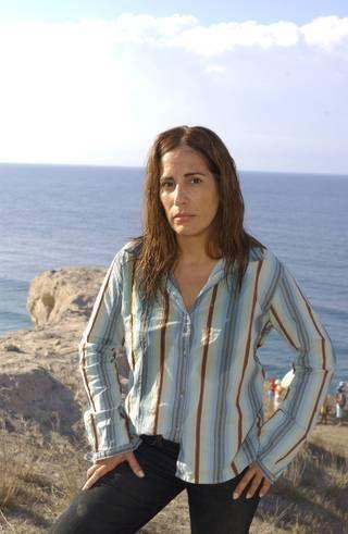 Você sabia que na novela Belíssima, Gloria Pires realizou um dos seus sonhos de viagem? As cenas iniciais foram gravadas na Grécia, em Atenas e Santorini.