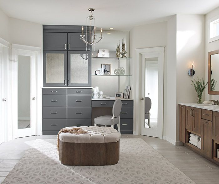 top 25 best dressing area ideas on pinterest dressing room vanity area and dressing tables. Black Bedroom Furniture Sets. Home Design Ideas